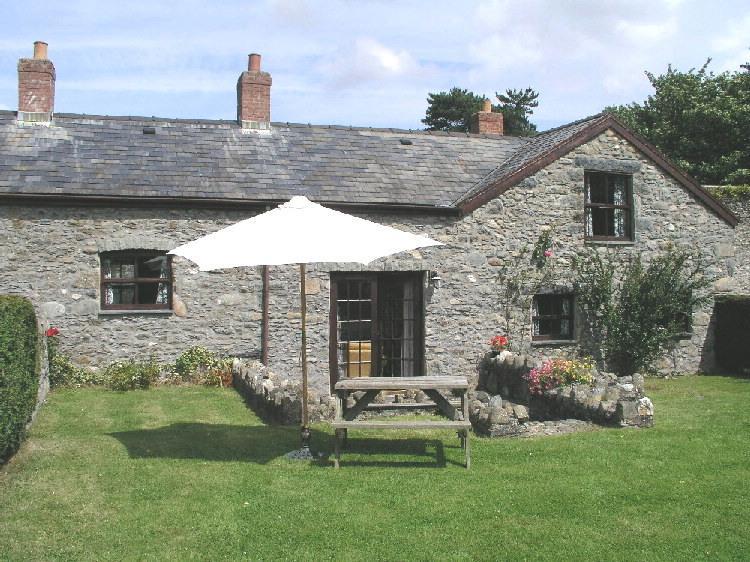 Plas Helyg in Conwy Valley - Image 1 - Conwy - rentals