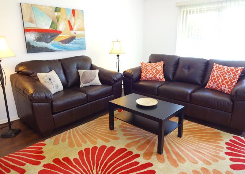 Living room - OCEANFRONT 1 BR  BEACH CONDO W/POOL - Brigantine - rentals