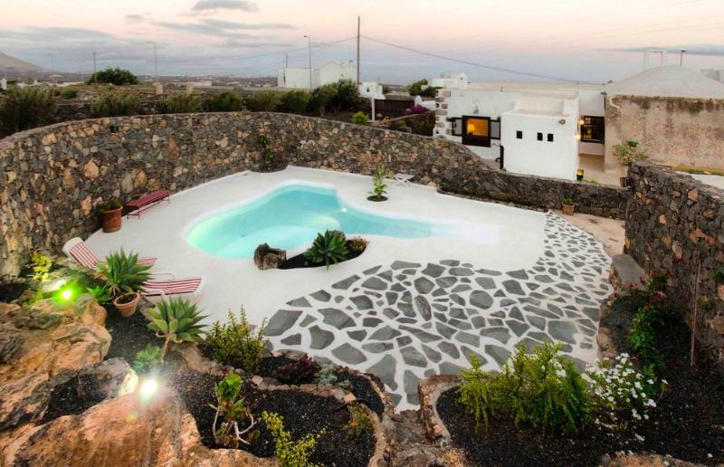 Casa Los Olivos - Image 1 - Tias - rentals