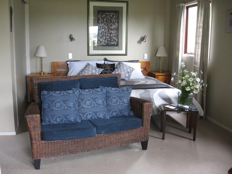 Powai cottage - Delightfull S/C Studio Cottage with water views - Kaiwaka - rentals