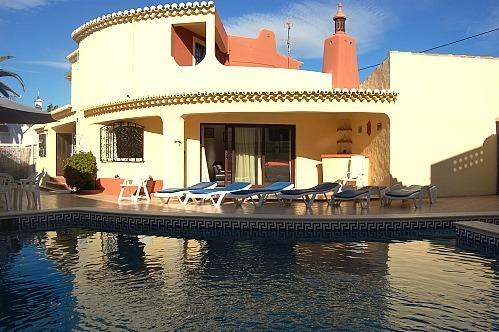 4 bedroom villa, Carvoeiro - Image 1 - Carvoeiro - rentals