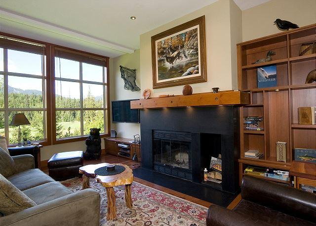 Living Room with lots of Natural Light, Fireplace and Flat Scree - Blackcomb Greens #31 | Renovated  2 Bedroom on Chateau Whistler Golf Course - Whistler - rentals