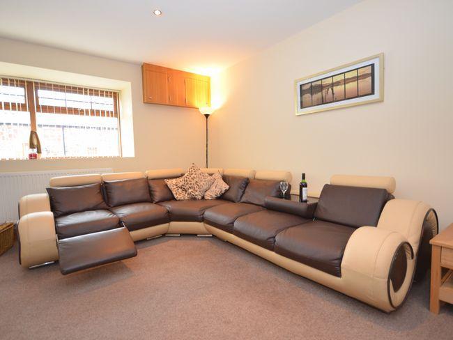 Lounge area - LK22M - Roberton - rentals
