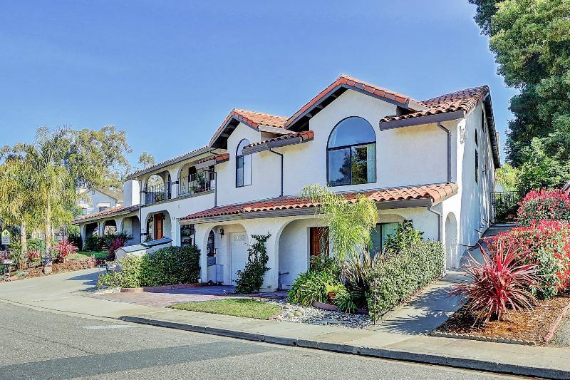 West Coast Villa II Classy 3 bedroom vacation rental in San Francisco Bay Area - Classy West Coast Villa 3 Bedroom Luxury Home - San Francisco - rentals