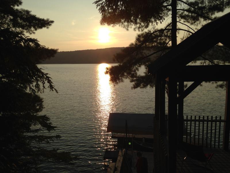 stunning sunset view - Four Season Muskoka Lakefront Rental - Kearney - rentals