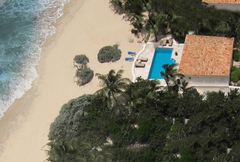 Les Palmiers, Baie Rouge Beach, Terres Basses, St Martin... 800 480 8555 - LES PALMIERS... OMG! the ultimate love nest on the beach! - Baie Rouge - rentals