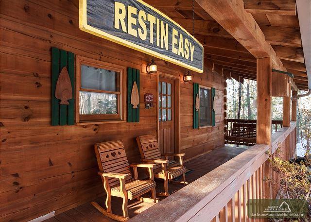 Restin Easy  Pool Table  Jetted Tub  Hot Tub  Pets  WiFi   Free Nights - Image 1 - Gatlinburg - rentals