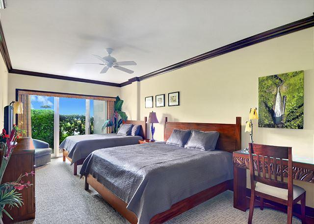 The largest** ground floor Suite @ Wai & 3 BEDS 2 Queen 1King - Image 1 - Kapaa - rentals