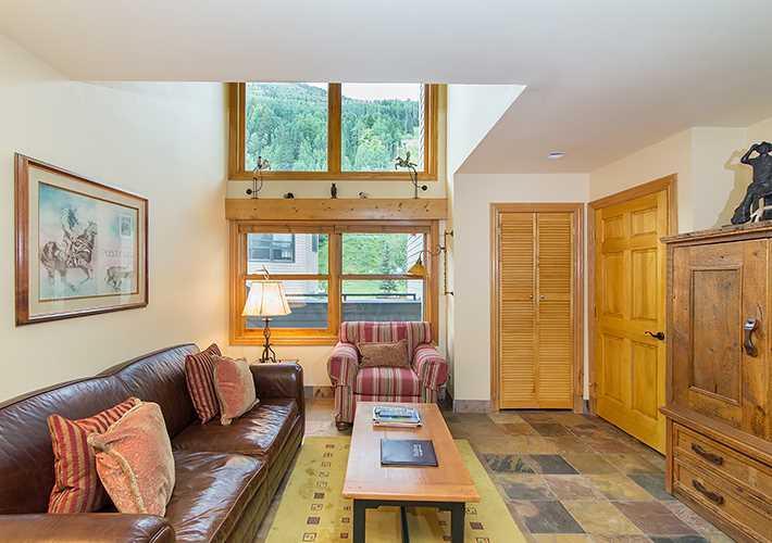 Cimarron Lodge #30 - Image 1 - Telluride - rentals