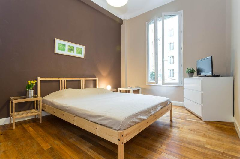 Affordable and Spacious 1 Bedroom Nice Apartment with Balcony - Image 1 - Nice - rentals