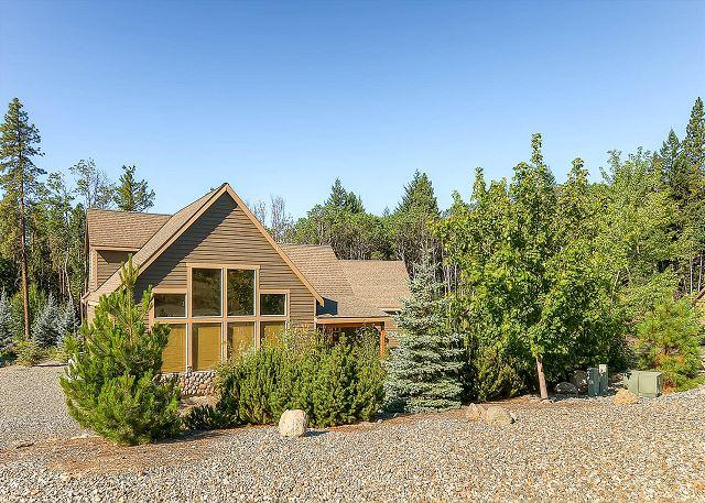 Great Family-Friendly Summer Cabin! 3BD|2BA|Slps9|Pool, Hot Tub|Summer Deals! - Image 1 - Cle Elum - rentals