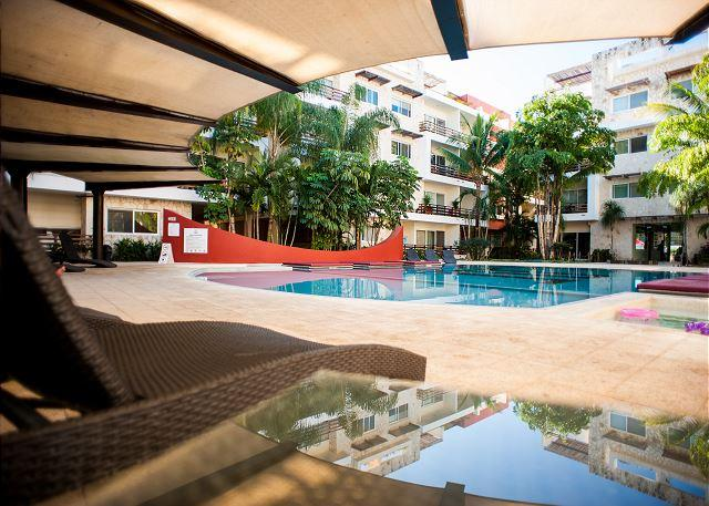 SUNFLOWER CONDO: 3 BEDROOMS ALL IN SUITE. Beautiful and Spacious Apartment - Image 1 - Playa del Carmen - rentals
