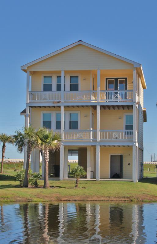 Front of house - Luxury beach side cottage in Pointe West Resort - Galveston - rentals
