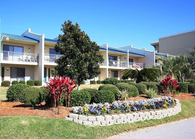 Gulf Winds East #22 Great 2 Bedroom Just Across From the Beach! - Image 1 - Miramar Beach - rentals
