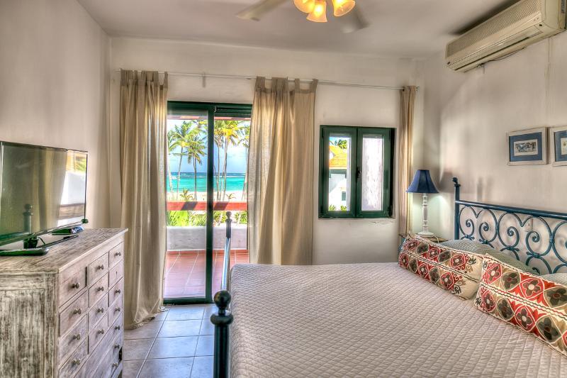 Oceanfront Apartment 3 Bedroom A302 - Image 1 - Bavaro - rentals