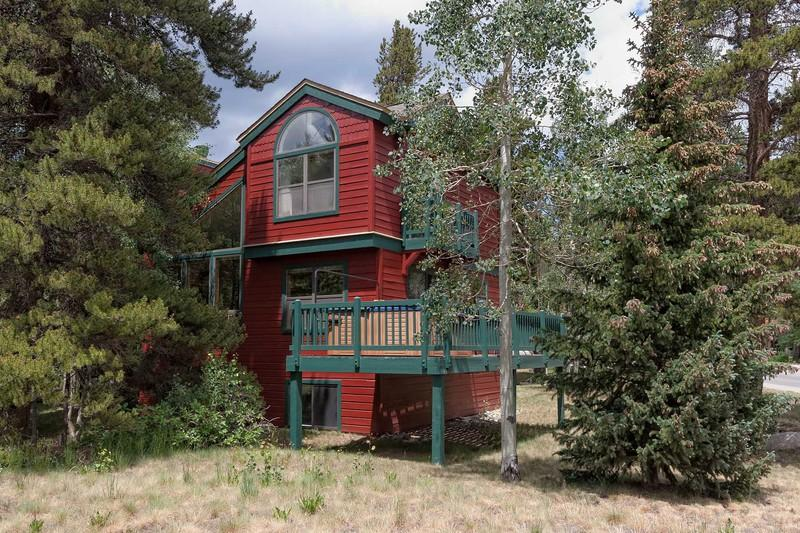 Powder Ridge Chalet - Downtown Living! Walk Everywhere! Private Hot Tub! - Breckenridge - rentals