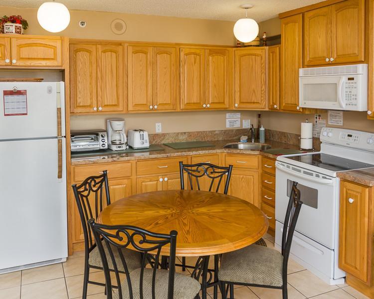 Waikiki Banyan - Waikiki Banyan Tower 2 Suite 2505 - Kahala - rentals