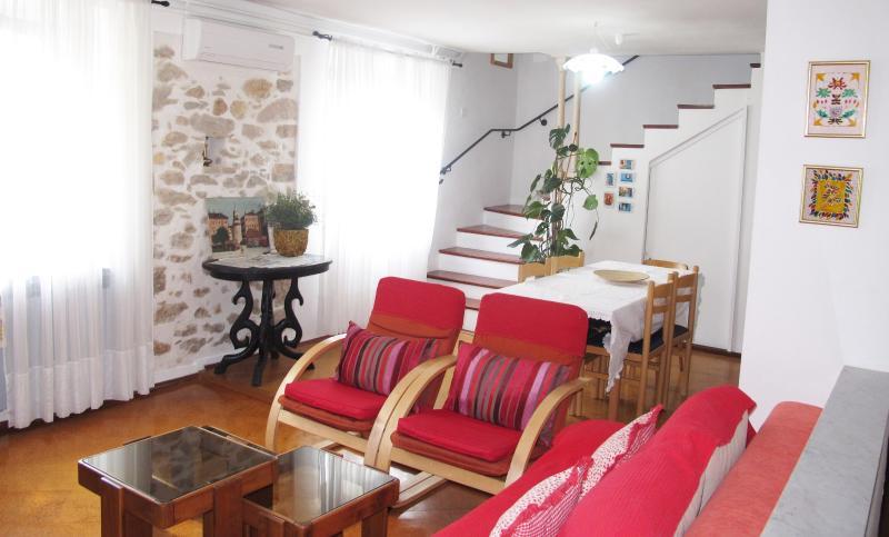 Living room - Holiday Home Barbara, 2 floors, 6+2(sofa bed) - Zadar - rentals