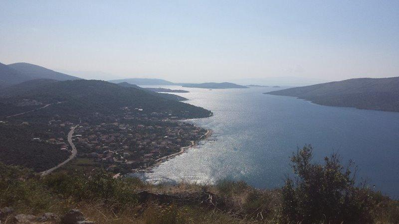 Apartment Saturn for 5 with an amazing sea view in Poljica - Image 1 - Trogir - rentals
