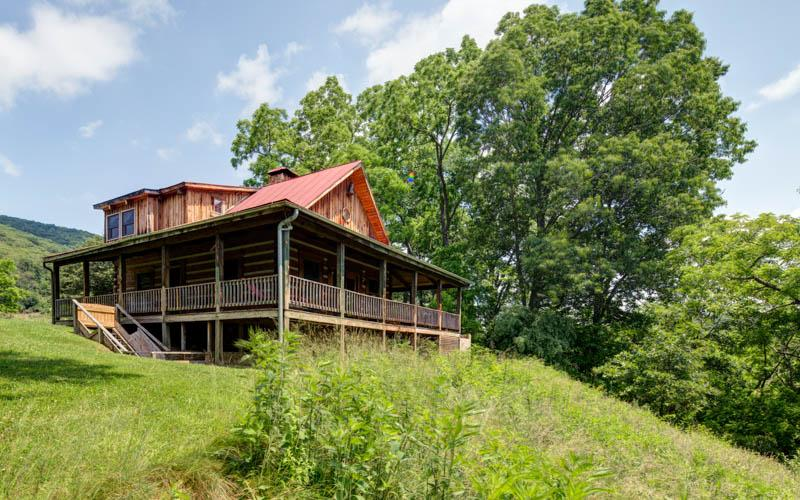 River House | 3 Bedroom | Pet Friendly | Grill - Image 1 - Hot Springs - rentals