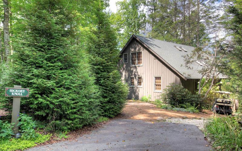 3 Bedroom | 2 Bath | Pet Friendly | Sleeps 7 - Image 1 - Lake Toxaway - rentals