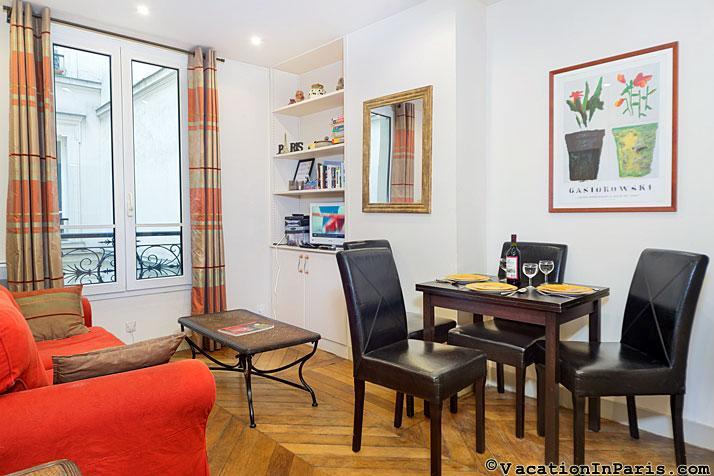 Impressionist's 2 Bedroom at D'Orsay in Paris - Image 1 - Paris - rentals