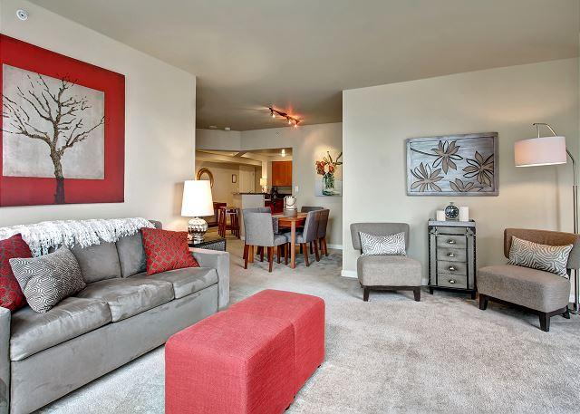 Metropolitan Tower #2711- Walkable Urban Seattle in the heart of downtown! - Image 1 - Seattle - rentals