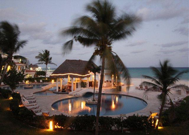 Xaman Ha - Oceanfront with pool 1 bedroom in Xaman Ha (XH7020) - Playa del Carmen - rentals