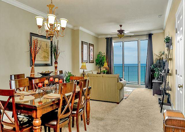 GREAT LIVING SPACE - BEACHFRONT AND BEAUTIFUL FOR 10!! OPEN 9/12-19! 20% OFF NOW! - Panama City Beach - rentals