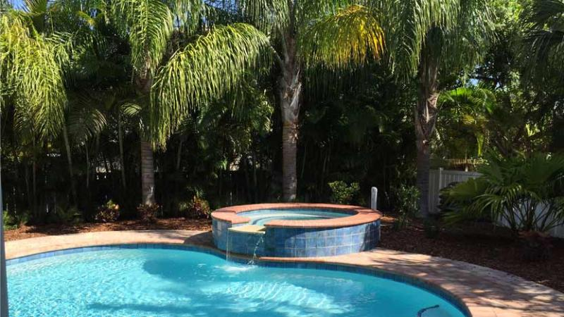 Beautiful Heated Pool and Spa - Twin Heron: 4BR Family-Friendly Pool Home - Holmes Beach - rentals