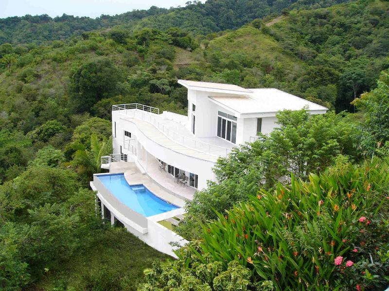 Welcome to Casa Infinito! - Ocean View Jungle Ridge, Infinity Pool, Near Beach - Jaco - rentals