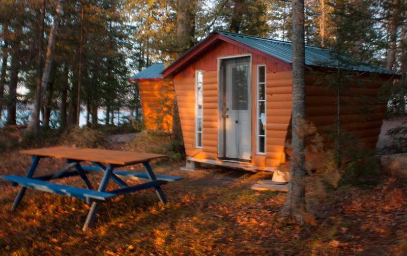 Lakefront cabin - Image 1 - Golden Lake - rentals