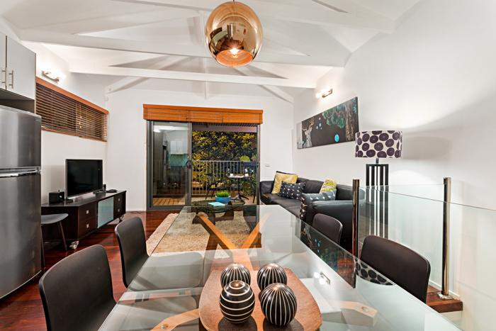 Meko - stylish and comfortable.  Welcome home. - Meko - central Carlton Melbourne luxury residence - Melbourne - rentals