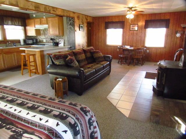 Bridge cabin - Not dog friendly - Sleeps 2 adults/2 kids or 3 adults maximum - Kishauwau Cabins near Starved Rock Utica IL SmlFam - Utica - rentals