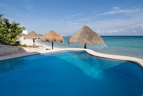 The infinity POOL, fabulous for a dip on a HOT day, and the placid Half Moon Bay (Media Luna) - Playa Caribe #4 2bd beachfront condo, pool, Akumal - Akumal - rentals