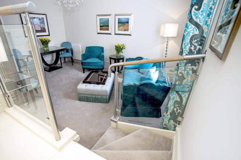 2 bedroom apartment located in Sloane Gar - Image 1 - London - rentals
