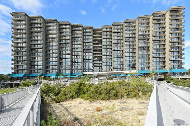 Sea Colony, 905 Chesapeake Hse - Image 1 - Bethany Beach - rentals