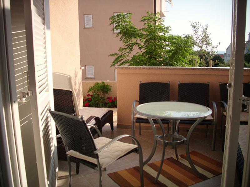 Charming apartment Bety 3 for 5 persons with a terrace in Novalja - Image 1 - Novalja - rentals