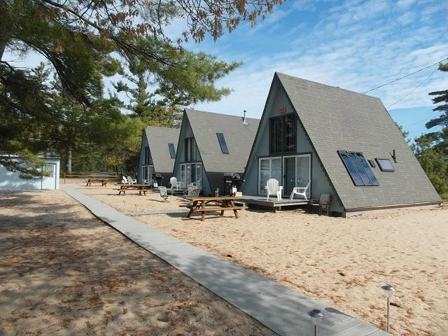 Board Walk Beach 3 - Boat House - Image 1 - Oscoda - rentals