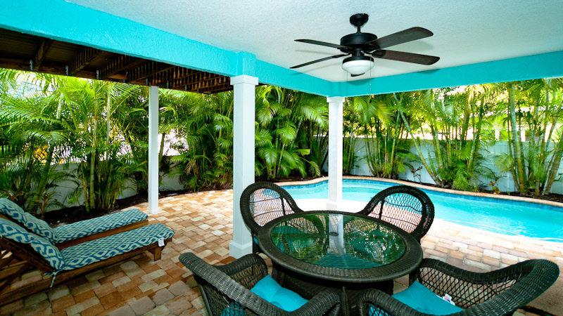Pool 1 - BLUE PINEAPPLE - Holmes Beach - rentals