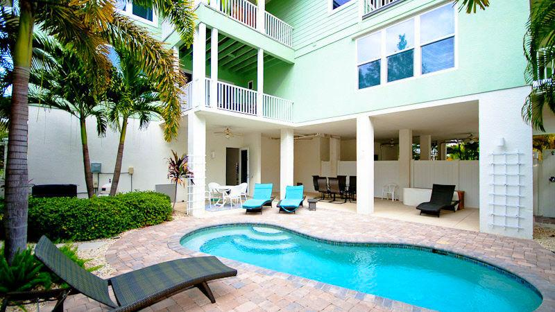 Pool 1 - TROPICAL SANDS - Holmes Beach - rentals