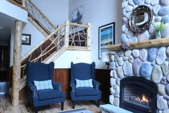 Cultured Stone Fireplace - Athletic Balsams Townhome - Lake Placid - rentals