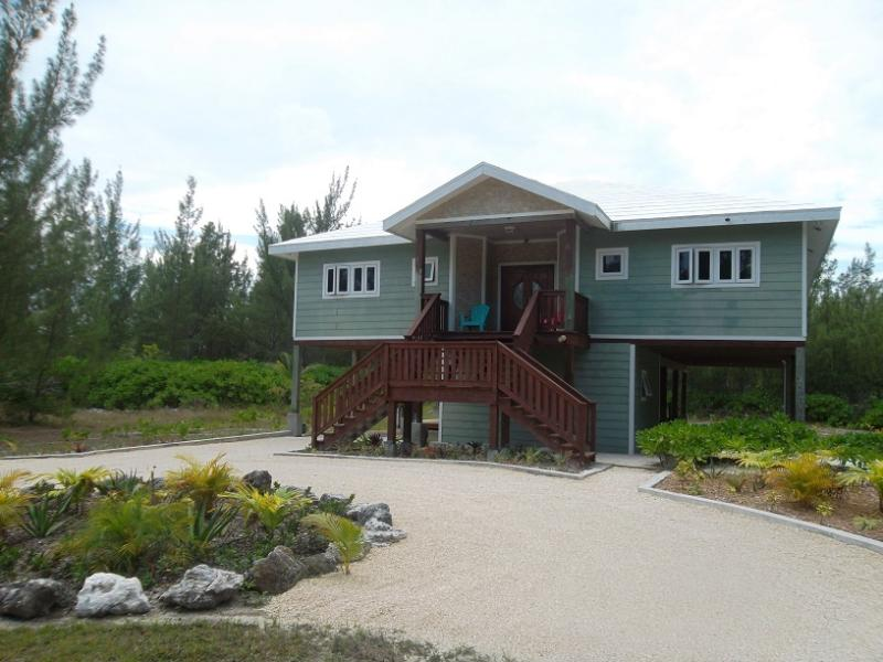 Front view - Happy Daze Vacation Home - Walk across to beach - Treasure Cay - rentals