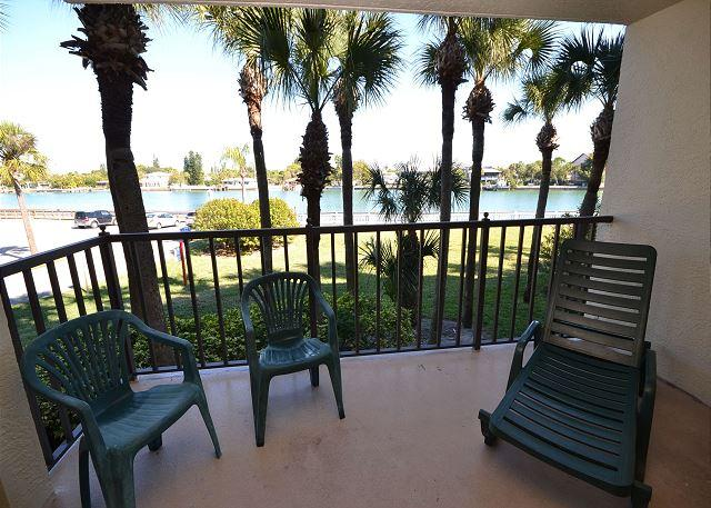 Lands End 1-206- Beautiful 2 Bed Bay View Condo with two private balconies! - Image 1 - Treasure Island - rentals