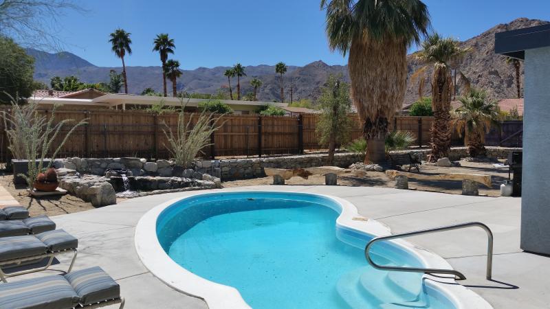 La Quinta Cove Pool Home - Image 1 - La Quinta - rentals