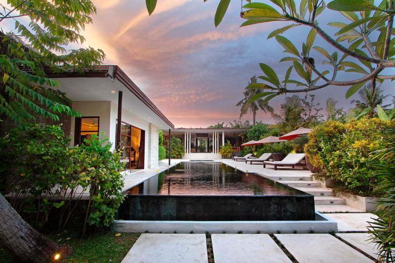 Villa Mona - Image 1 - Umalas - rentals