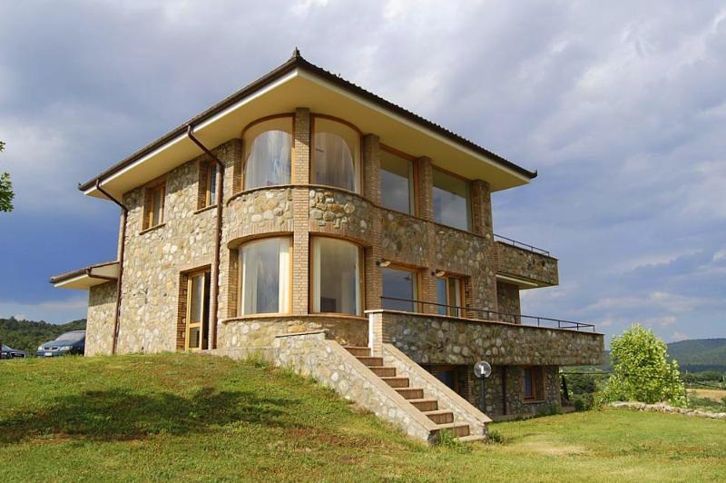 Villa Degli Olivi - Image 1 - Grotte di Castro - rentals