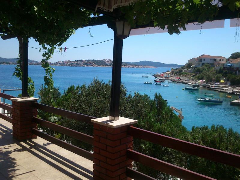 H(6): terrace view - 5680 H(6) - Cove Ostricka luka (Rogoznica) - Cove Kanica (Rogoznica) - rentals