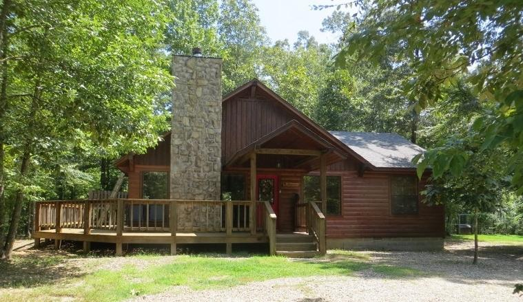 Whisperwind Cabin - summertime view -all is green. - Peaceful Whisperwind Cabin - Broken Bow - rentals