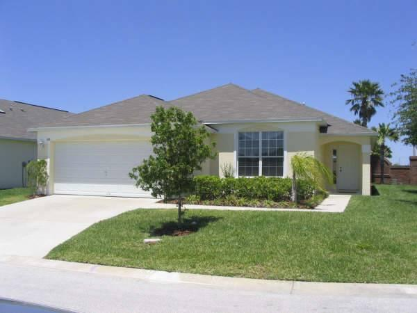 Relaxing 4 bedroom pool house. 15 minutes to Disney! CT100 - Image 1 - Davenport - rentals